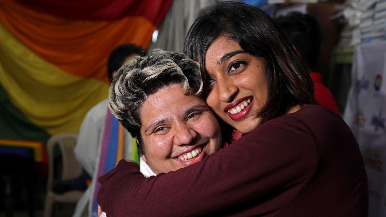 .India despenaliza las relaciones sexuales entre homosexuales