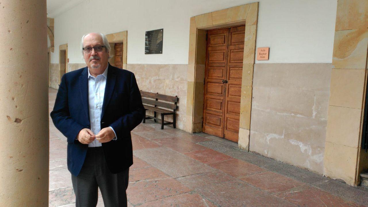 Manifestación ante el conservatorio de música del Principado.Ángel L. Prieto de Paula