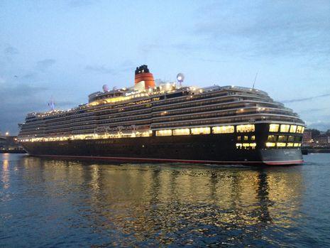 Margallo.Atraca el «Queen Victoria» en A Coruña