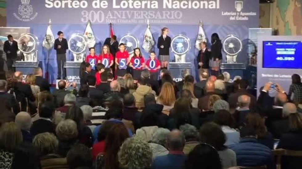 Sorteo de la Lotería Nacional en la Escuela Naval de Marín