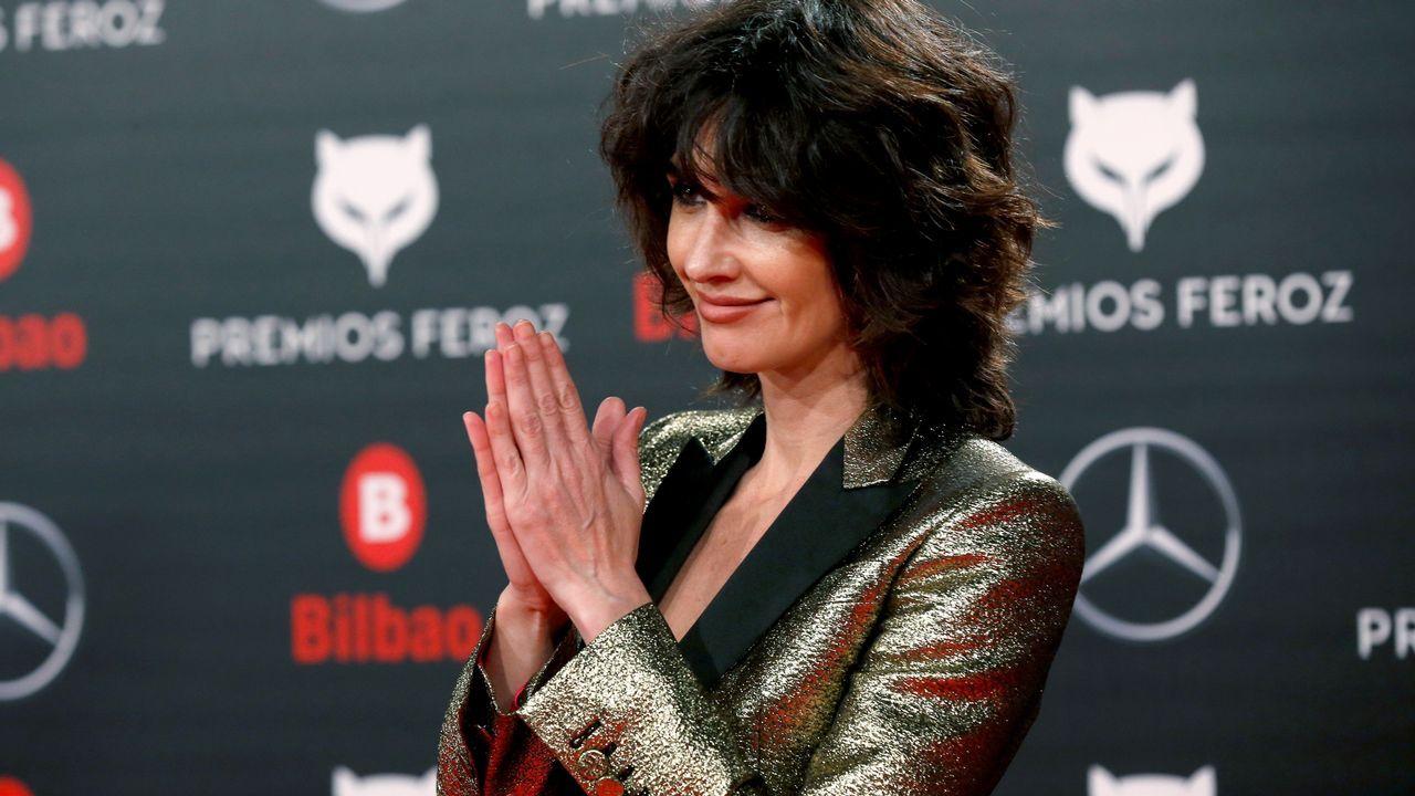 La actriz Paz Vega posa a su llegada a la sexta edición de los Premios Feroz 2018