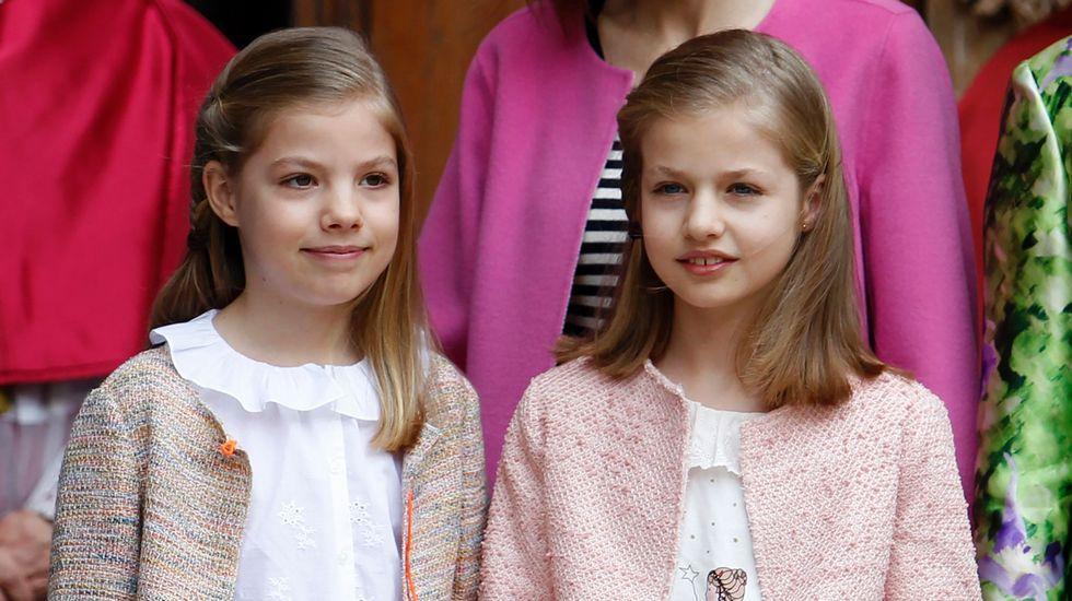 Sofía (izquierda) y Leonor.