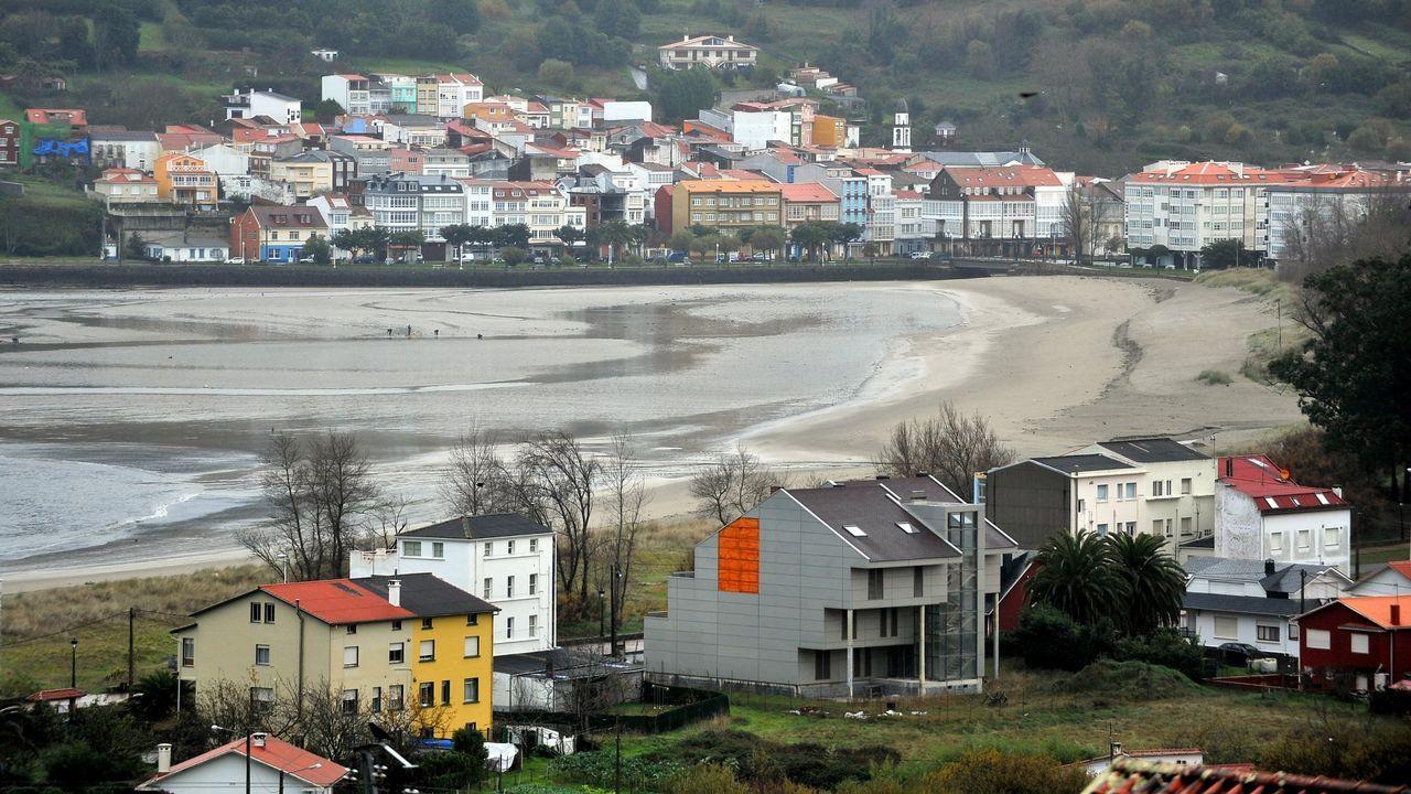 El viento que trae un temporal a Ferrol.Fundir literatura, agua y rap es el desafío