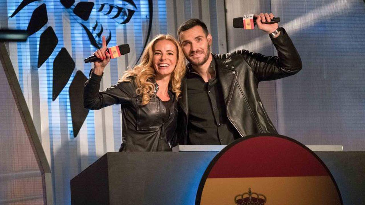 Las mejores imágenes de losPremios Deporte Galego 2016.Paula Vázquez y Saúl Craviotto son los presentadores de Ultimate beastmaster España