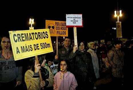 Unos 500 vecinos tomaron parte en la manifestación anticrematorios del pasado viernes.