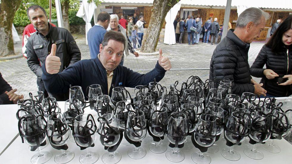Las fotos del primer día de la Mostra dos Viños de Pantón.Tramo del canal  a su paso por Reigada, en una imagen de archivo