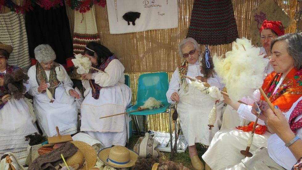 Un recorrido en imágenes por la feria tradicional Outrora.