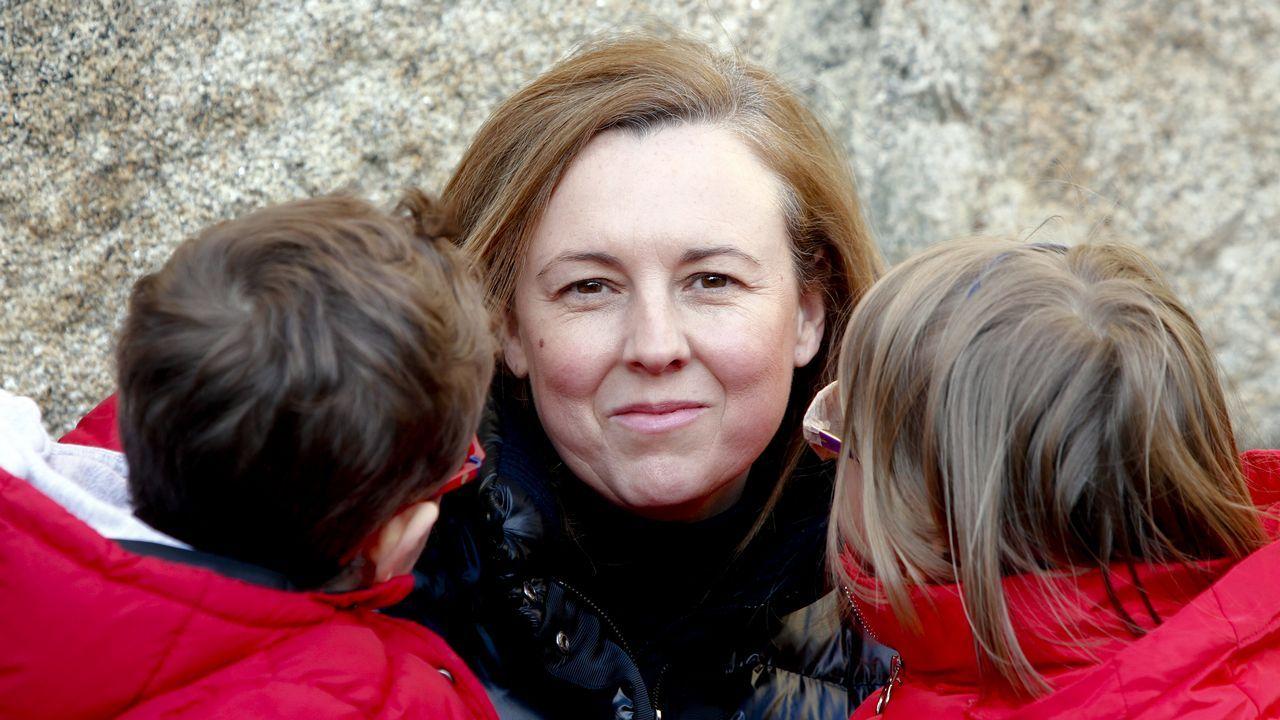 «He renunciado a tener hijos para desarrollar mi carrera profesional».Cristina Segade, Ana Méndez, Mónica Peláez, María Casal y Carla Reyes