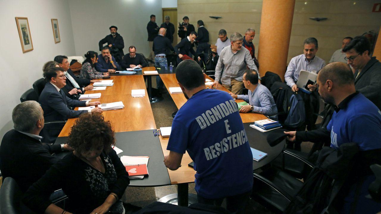 Apoyo masivo de los trabajadores de Xustiza a rebajar sus aspiraciones