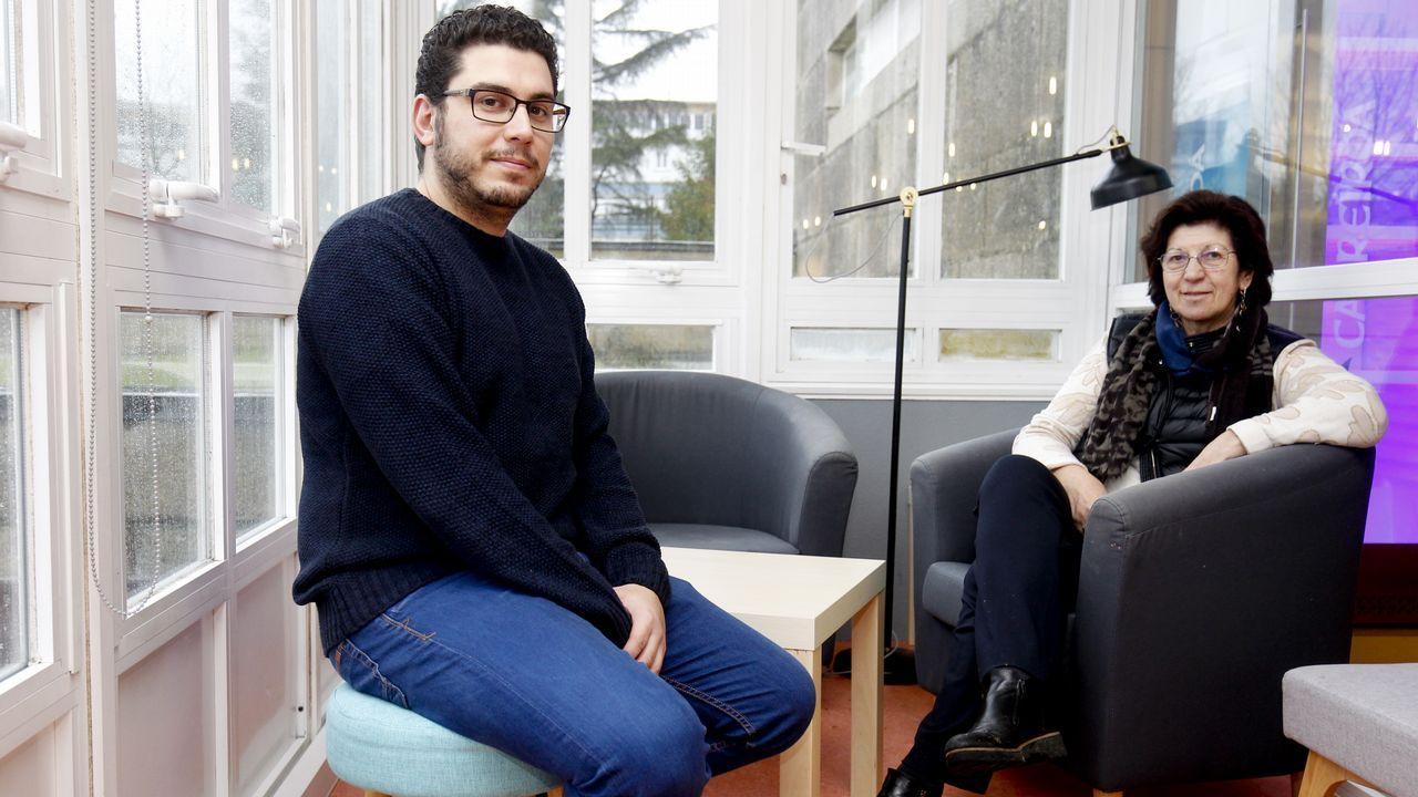 Alexandre Sotelino y Mercedes Brea son profesores de Pedagoxía y Filoloxía en la USC