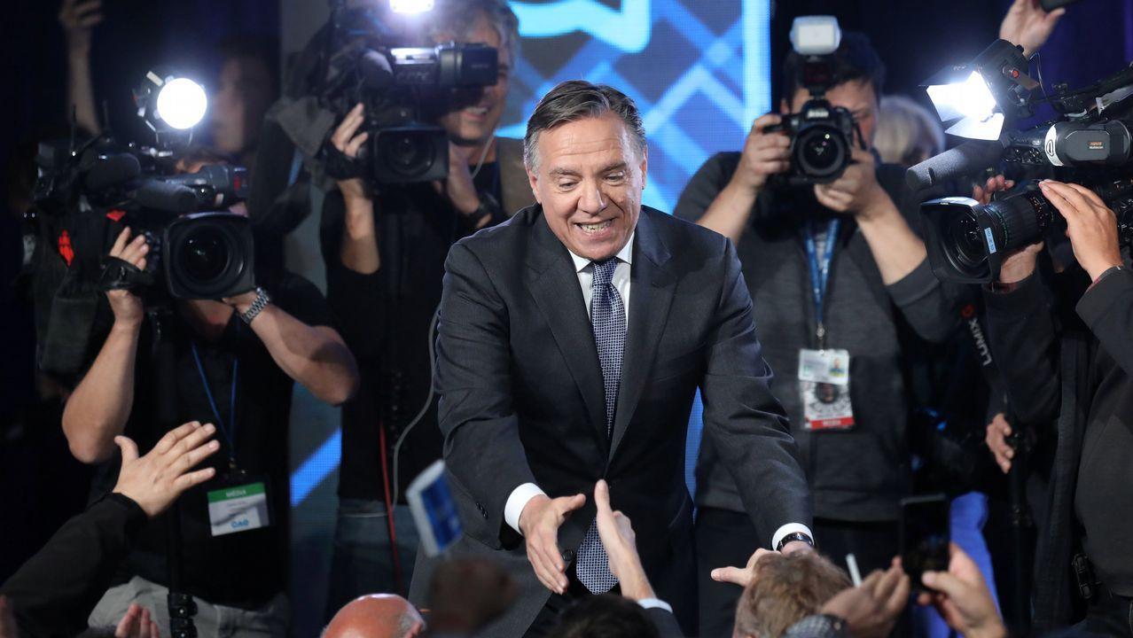 El cannabis es legal desde hoy en Canadá.El líder de Coalition Avenir du Québec, Francois Legault, saludando a sus seguidores tras ganar las elecciones