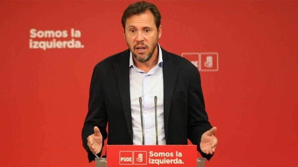 Barcelona acoge una gran marcha unionista.Óscar Puente