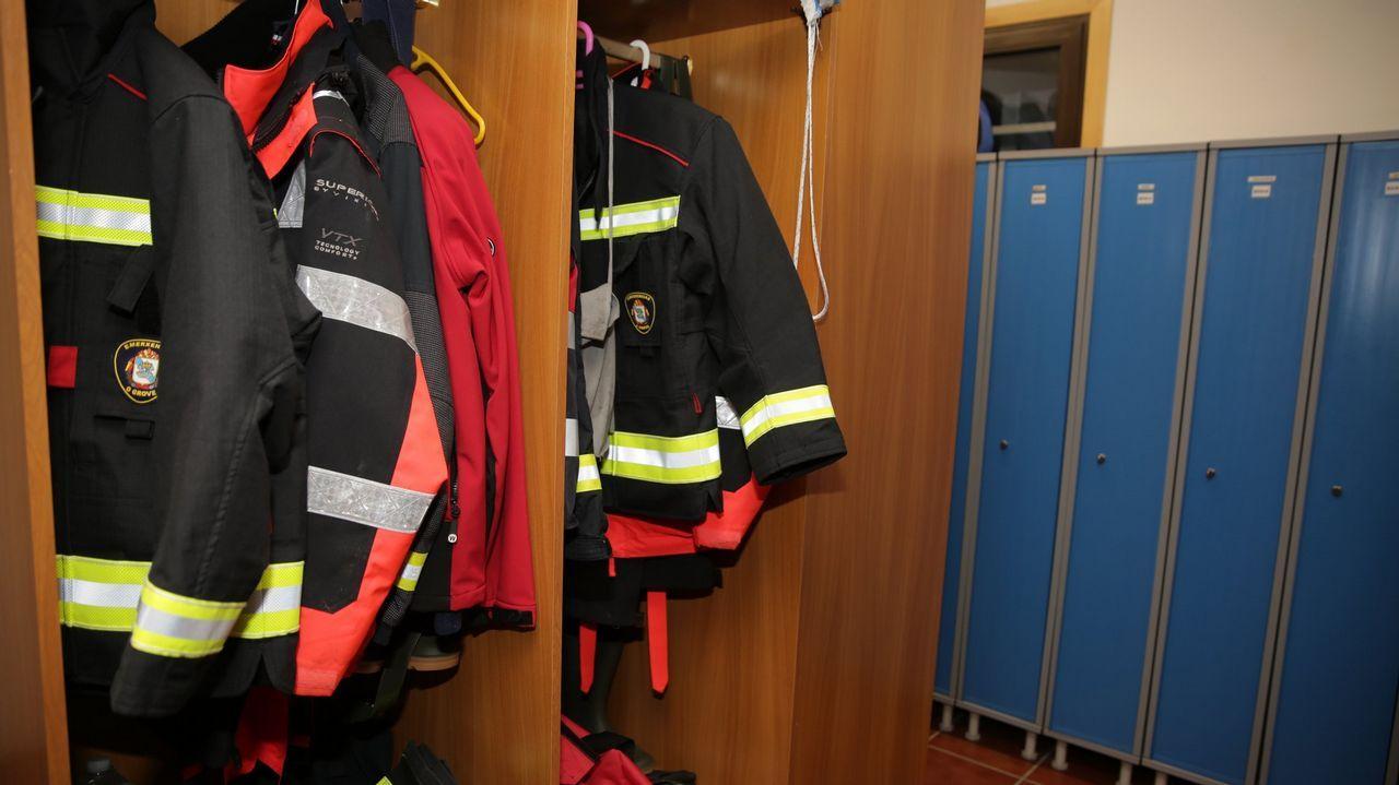 Incendio en una cuadra en Castropol