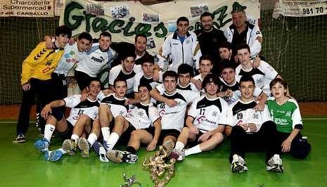 Más de 150 deportistas forman parte de las distintas categorías del Xiria, como los chicos del Ifecgas Pereira Xiria, el equipo juvenil, que recientemente ganó la Copa Federación.