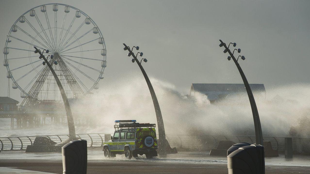 Efecto de los fuertes vientos generados por la tormenta Eleonor en Reino Unido