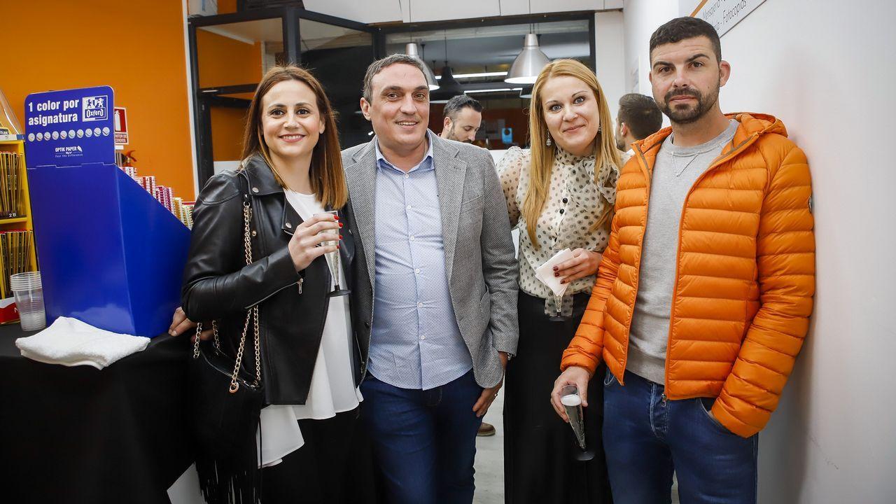 La manifestación por la oficilidad en imágenes.El cuñado de Rita Barberá, el abogado valenciano José María Corbín, está detenido; y su mujer y sus tres hijas, investigadas
