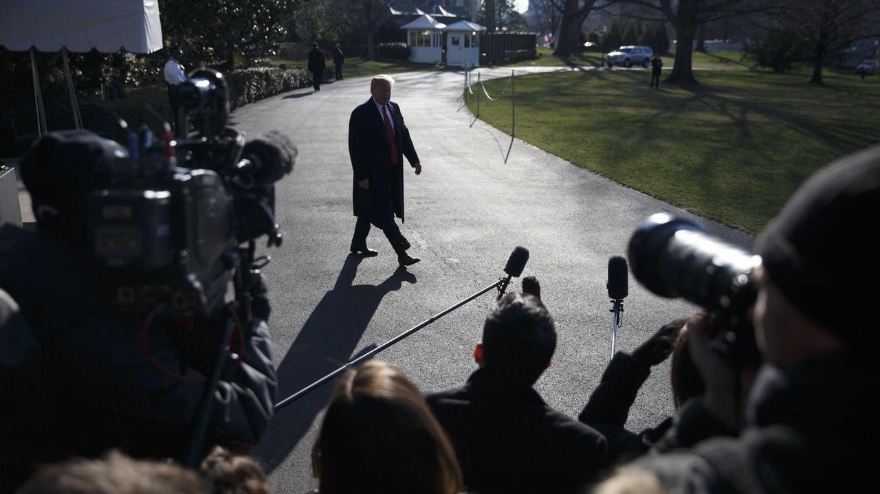 El presidente de EE. UU., Donald Trump, a punto de atender a la prensa en la Casa Blanca