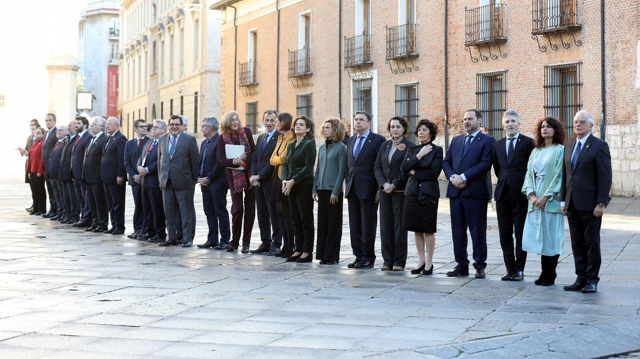«Hay que asumir que puede haber elecciones muy pronto».La ministra Delgado conversa con el portavoz de Podemos en el Congreso Rafael Mayoral durante un pleno celebrado este mes