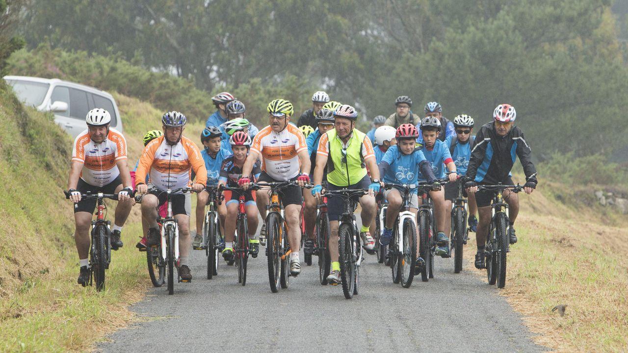 Gran respuesta al Día da Bici en Malpica ¡búscate!.