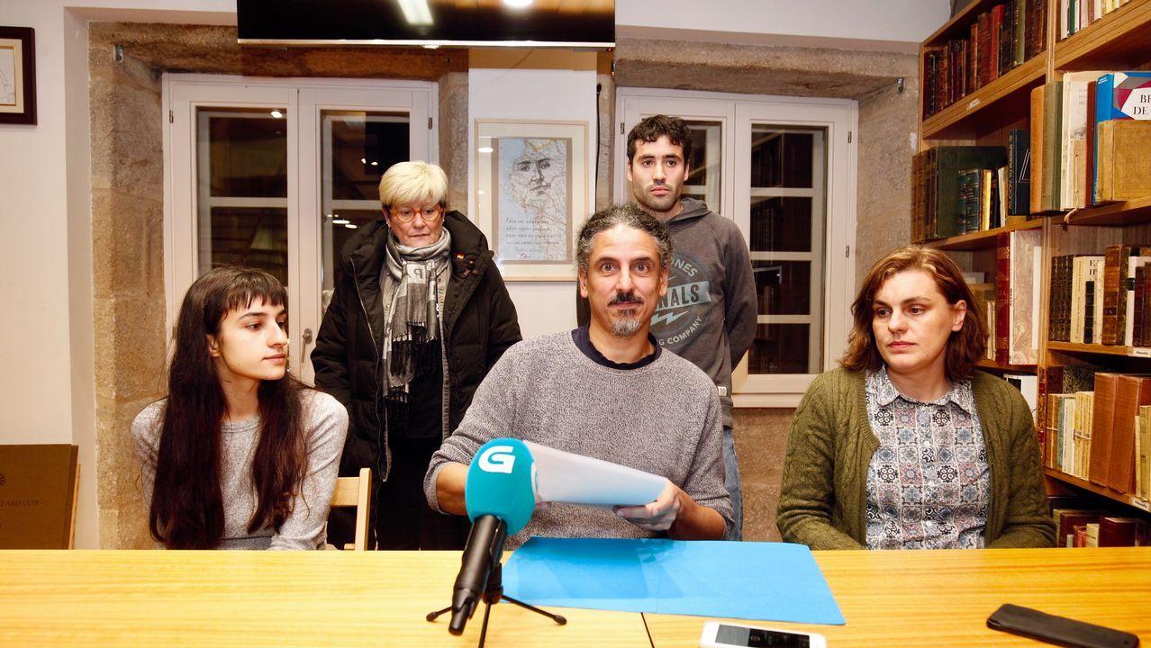 Miembros del comité electoral de En Marea en la rueda de prensa ofrecida este jueves