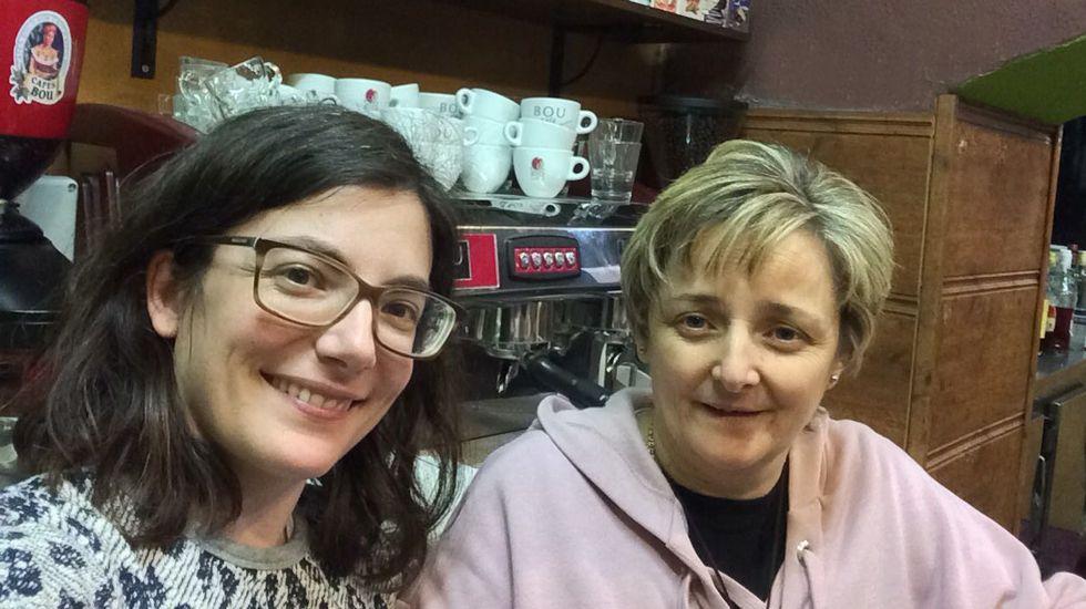 Cristina Simón y Ani Roda, ganadoras de un segundo premio de la Lotería de Navidad