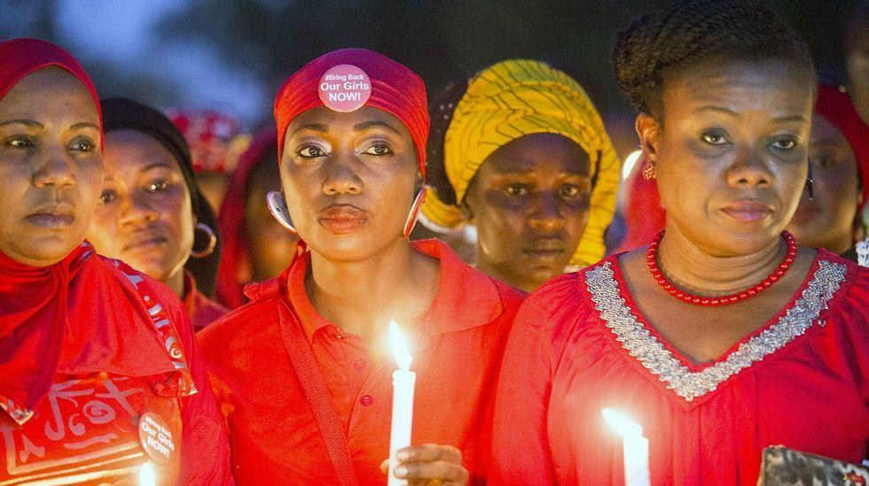 Vigilia celebrada cuando se cumplió el primer año del secuestro de las niñas de Chibok.