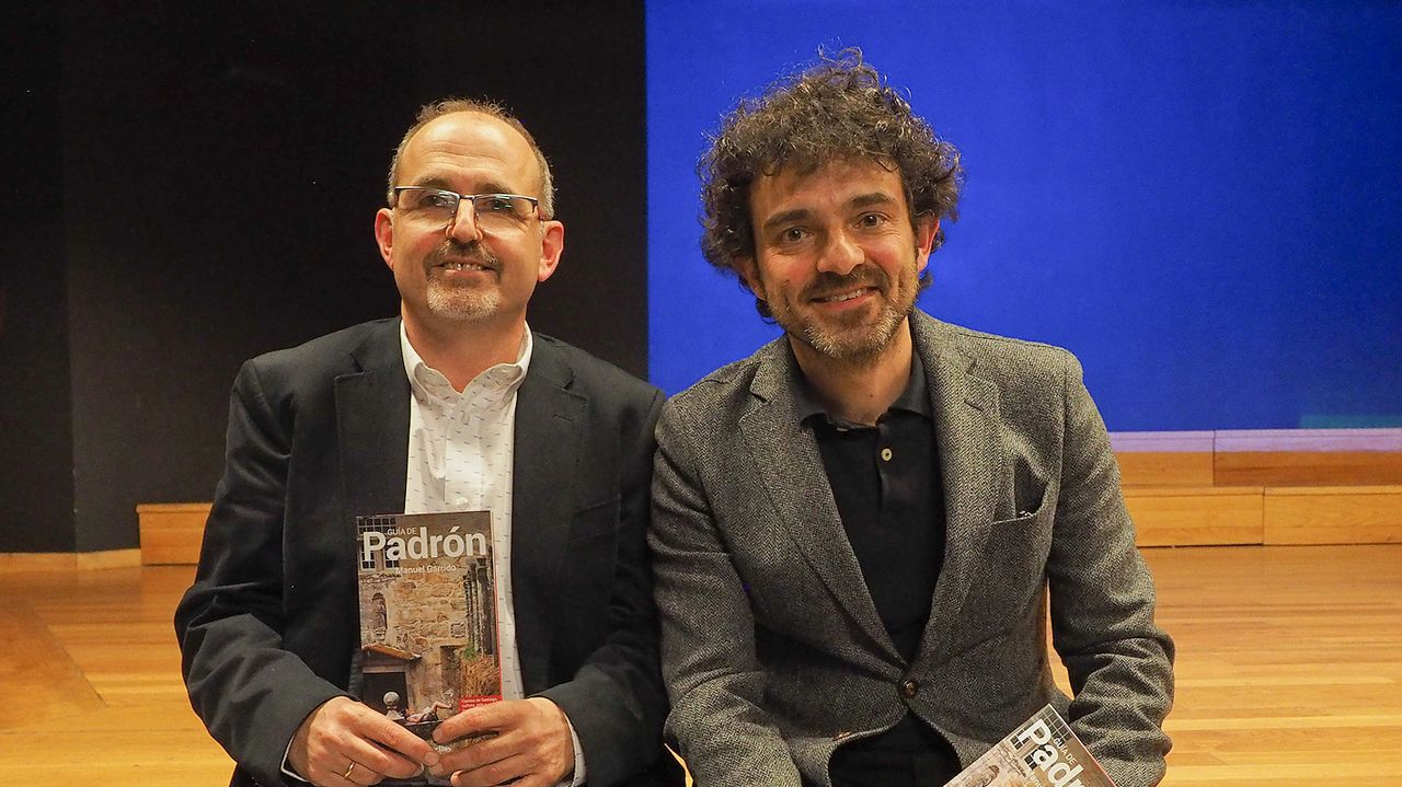 Así fue el paso de Bob Dylan y su banda por Compostela.Bob Dylan, al piano, durante su actuación en Vigo en el 2008