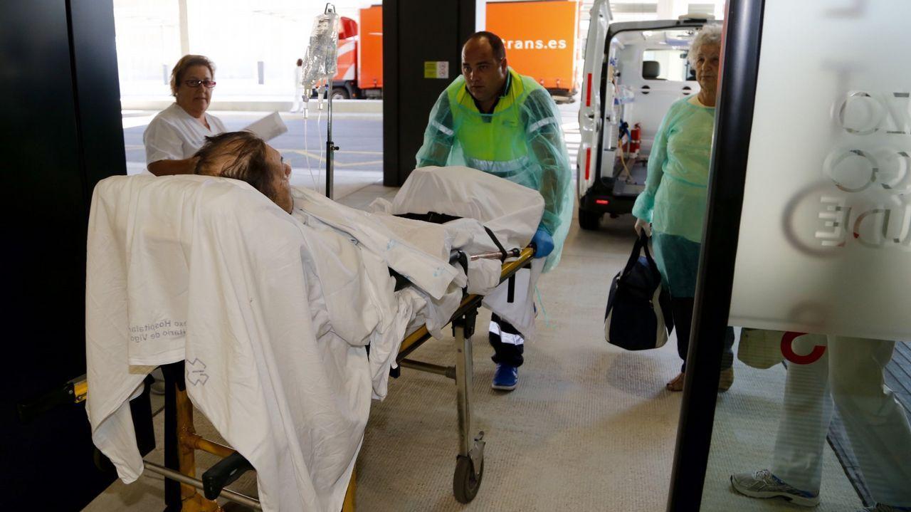 .Imagen de pacientes trasladados al hospital hace tres años, durante la apertura