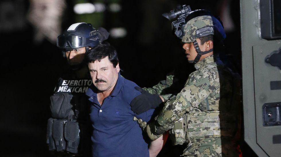 Fotografía de archivo del 8 de enero cuando las autoridades mexicanas trasladaron al Chapo a la cárcel del Altiplano.