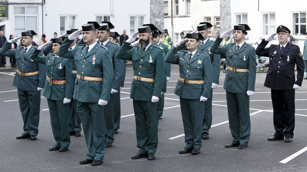 La Guardia Civil rinde homenaje a su patrona.