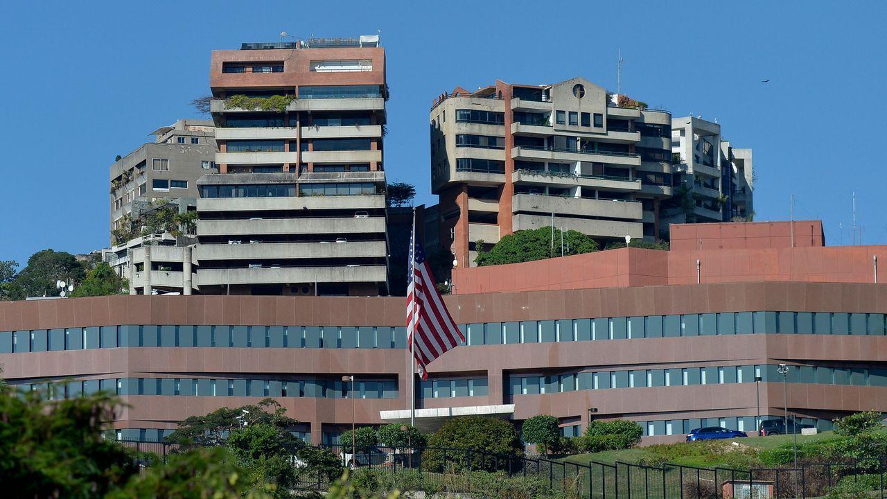 | REUTERS.Exterior de la embajada de Estados Unidos en Caracas