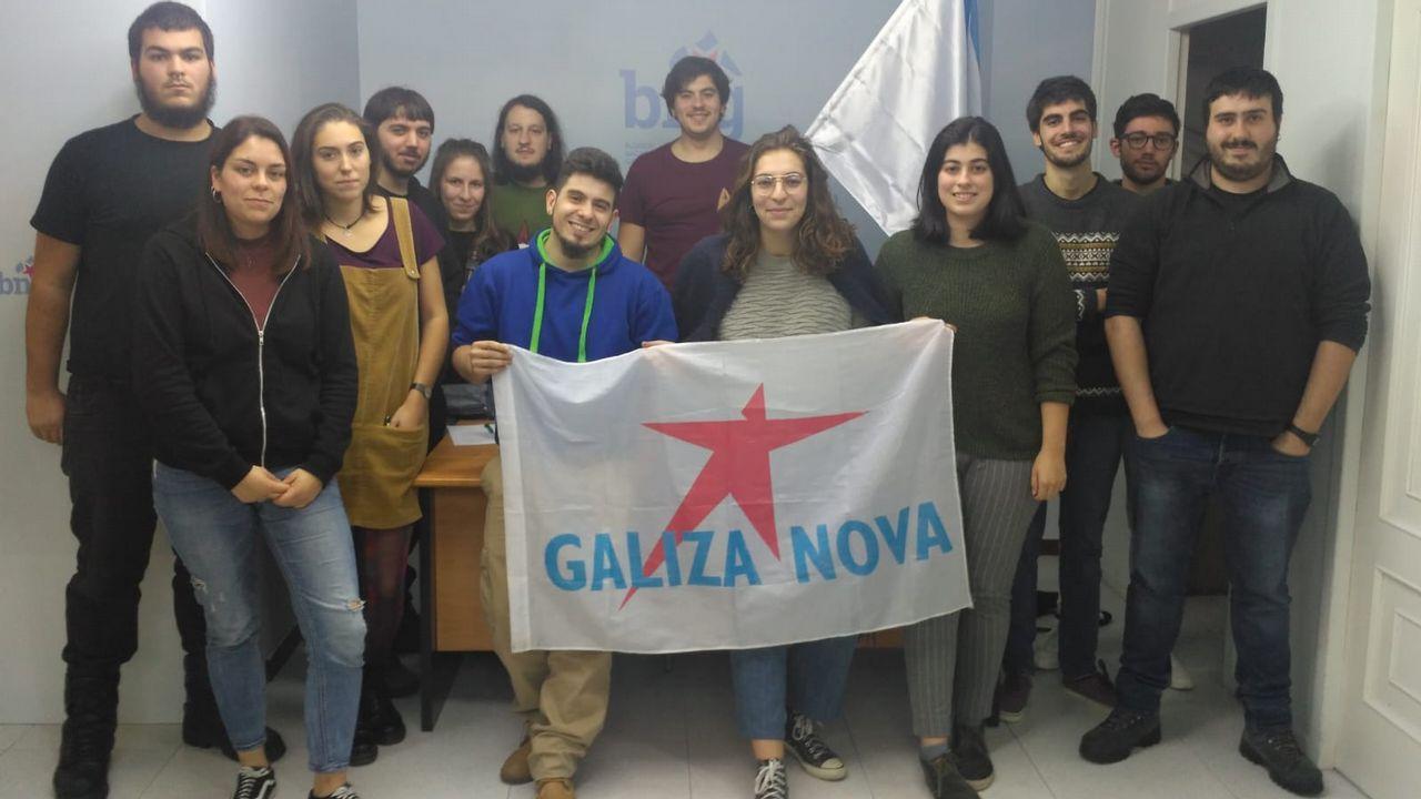 Presentación de la dimisión colectiva de los jefes de servicio de los centros de salud de Vigo en el Colegio de Médicos