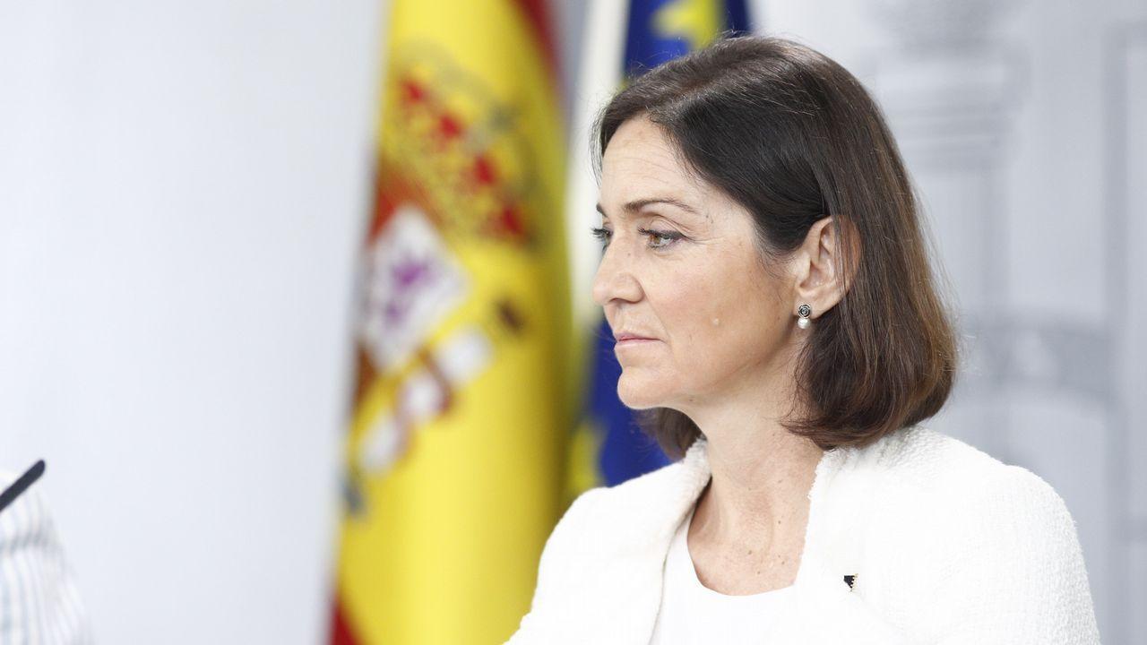 <br />Este fue el momento de la detención de los «destrozacoches» asturianos.Rueda de prensa tras el Consejo de Ministros de la ministra de Industria, Comercio y Turismo, Reyes Maroto