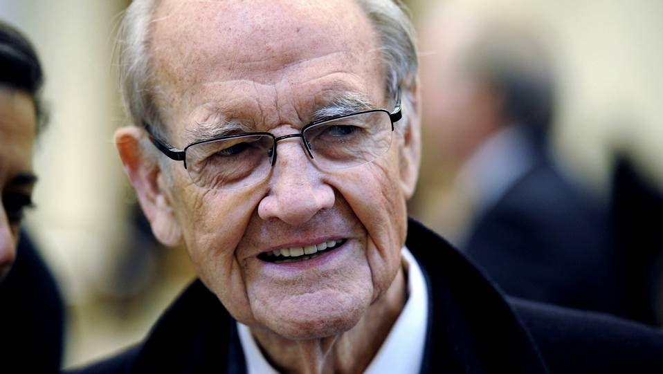 Espíritu JFK.O profesor Dobrowolski logrou sobrevivir ao Holocausto. En memoria das vítimas do nazismo construíuse en Xerusalén o museo Yad Vashem, que ves na imaxe