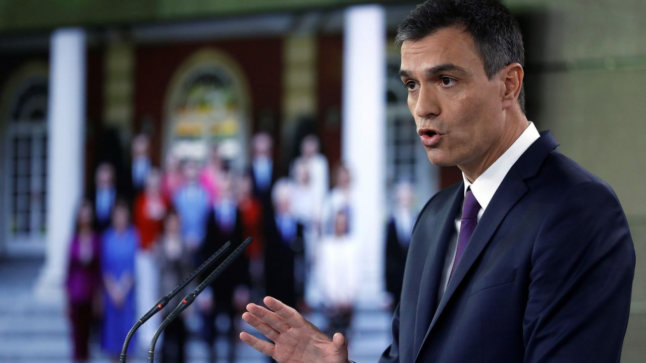 .Sánchez dijo que los españoles se reconocen en su Gobierno y que supone un cambio de época