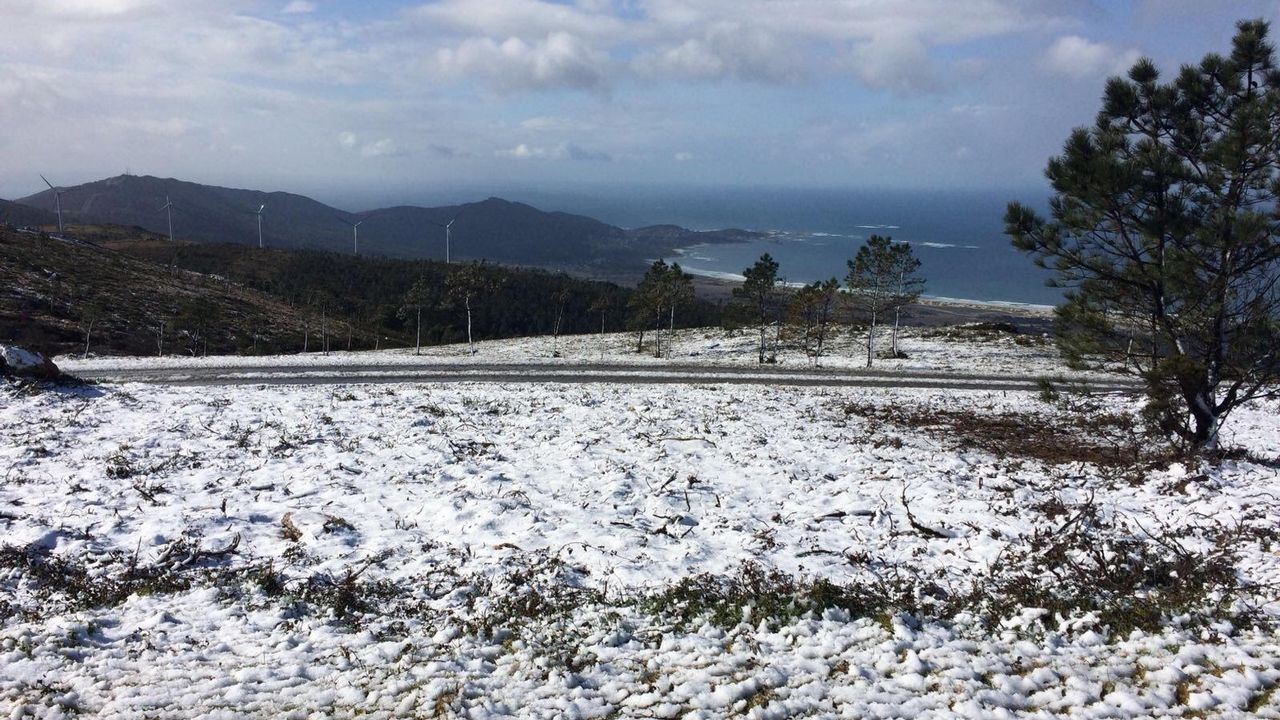 La nieve llega a Barbanza.