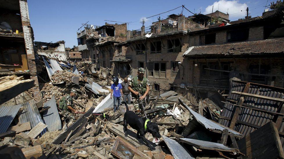 Nepal, devastado por un seísmo