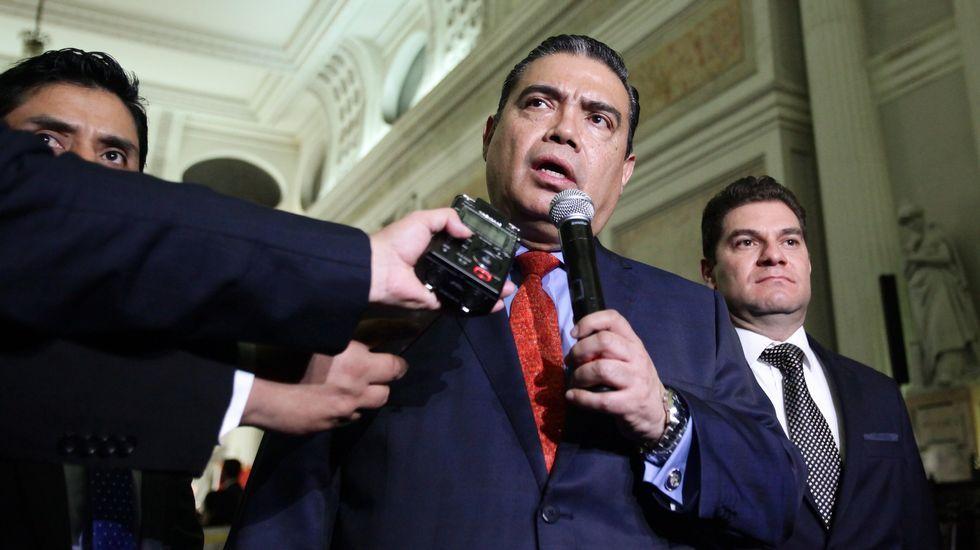 300 días sin gobierno.Gustavo Salas, titular de la Subprocuraduría Especializada en Investigación de Delincuencia Organizada de México.