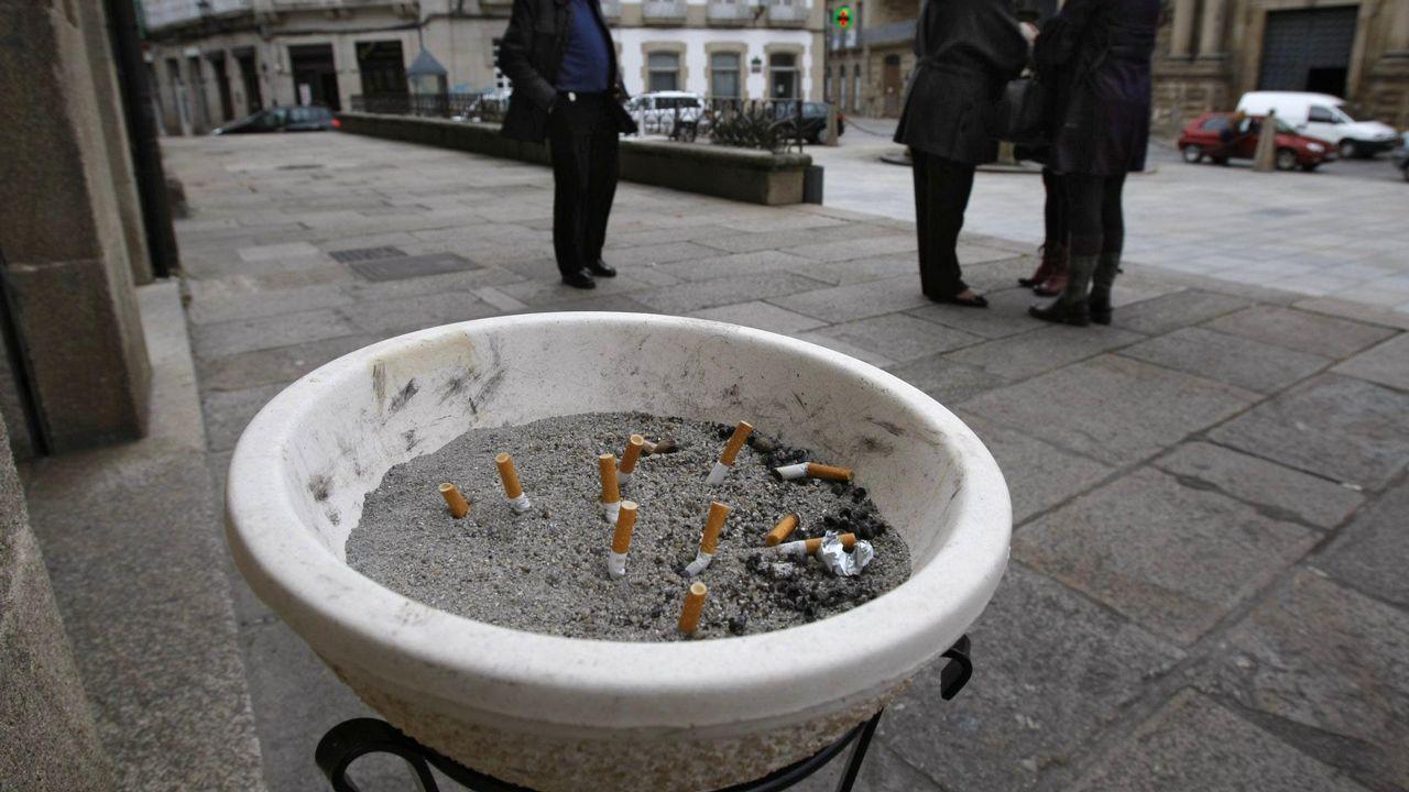 Fumar medio cigarrillo en el coche genera una contaminación diez veces superior a lo saludable