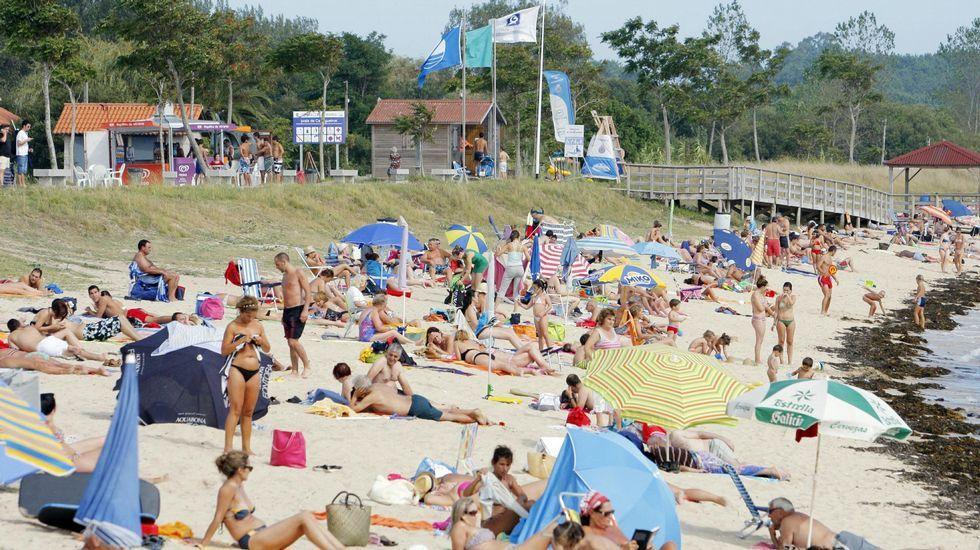 Playa de Retorta, en Boiro.Playa de Carragueiros, en Boiro