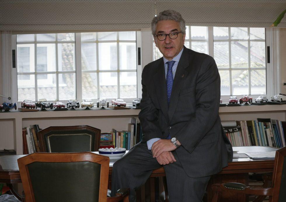Carlos Marcos en su despacho.