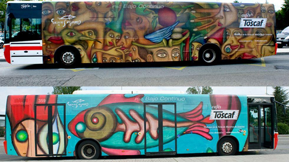 Los dos flancos del autobús decorado con reproducciones de Aurelio Suárez