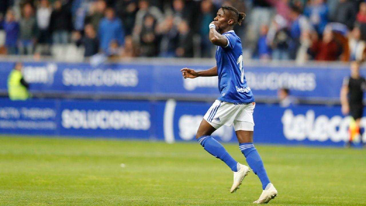 Gol Ibra Real Oviedo Granada Carlos Tartiere.Ibra celebra su gol frente al Granada