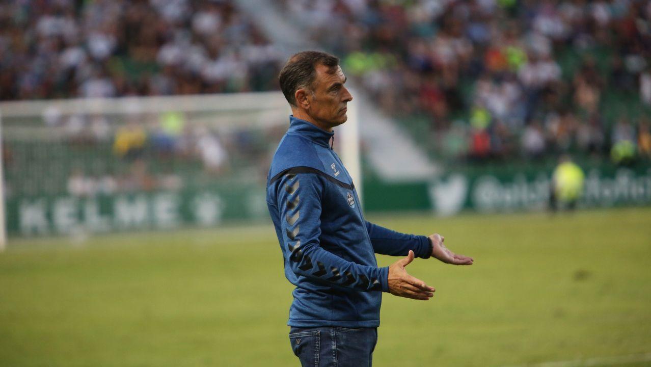 Gol Saul Berjon Javi Hernandez Ibrahima Balde Real Oviedo Osasuna Carlos Tartiere.Jagoba Arrasate en el banquillo de El Sadar