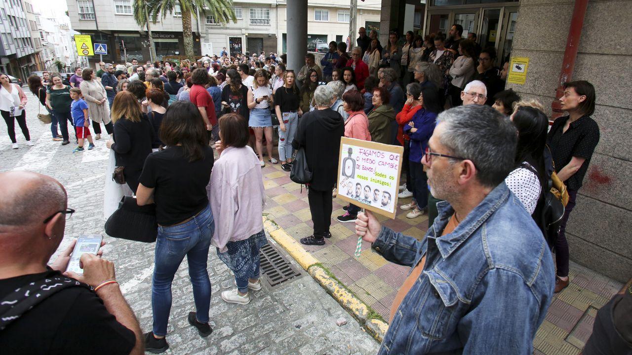 .Concentración en Ferrol contra la libertad provisional de La Manada
