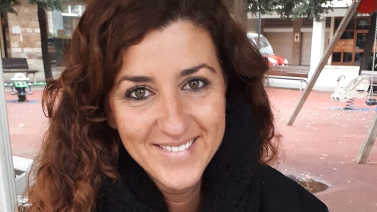 Iria Arranz (A Coruña): «Los políticos deberían dialogar hoy como entonces», opina.