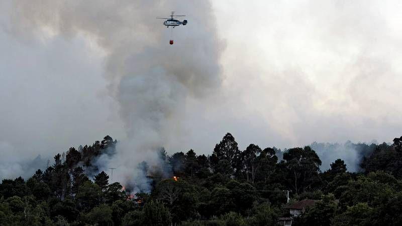 Más de setenta hectáreas quemadas en Ourense.La AG-31 de Ourense a Celanova está en servicio desde principios de este año 2013.