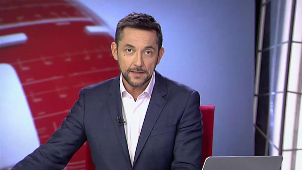 Álvaro Cervantes es Leo Villa en «Brigada Costa del Sol»