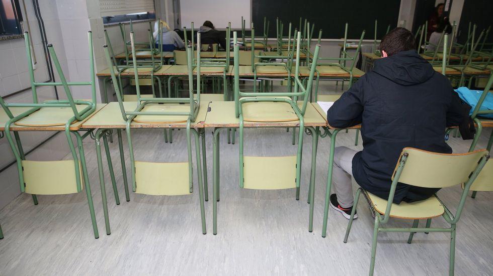 Un día en la escuela-hogar de Belmonte.Alumnos, padres, docentes y la patronal de los colegios exigen a la Consejería de Educación el derecho a elegir centro y protestan contra el recorte de unidades en la concertada