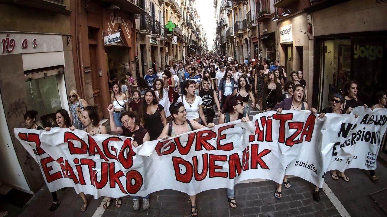 .Concentración en Pamplona contra el auto que decreta la libertad provisional de La Manada